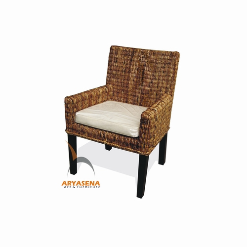 Rfch arm chair banana leaf