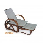 L003 Classic Lounger Couch